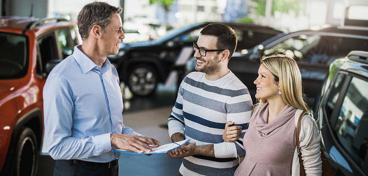 Expecting couple checking DTI for car loan